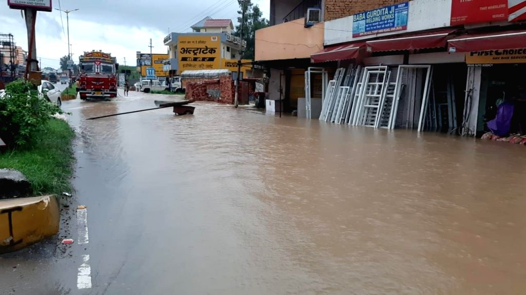 A flooded street in Una, that continued to experience extremely heavy rain on Aug 2, 2019. The town received 226 mm downpours.