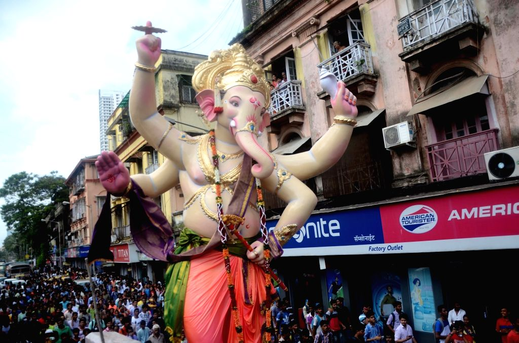 A Ganesh idol being taken to its respective pandal from a Mumbai workshop on Aug 12, 2017.