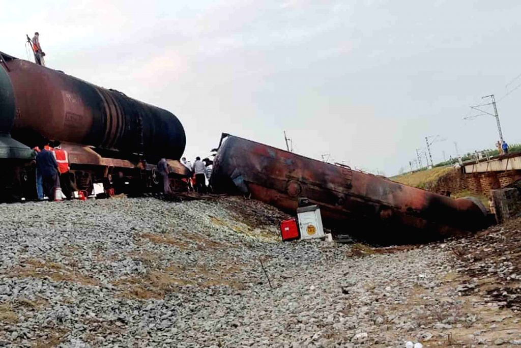 A goods train, with diesel tankers en route to Chennai from Vijayawada derailed on the midnight of Thursday, at Turpu Naidu Palem between Surareddy Palem and Tangutur railway stations in ... - Turpu Naidu Palem