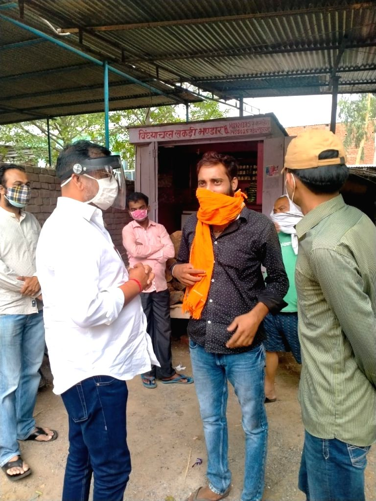 A helping hand for Covid-affected in Ghazipur