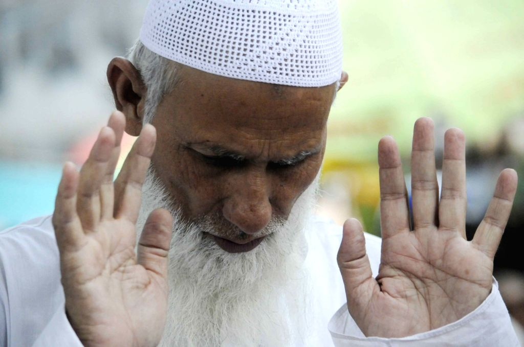 A man offers namaz during the holy month of Ramadan in Patna on June 1,  2018.