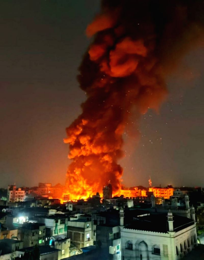 A massive fire broke out in the famed Fashion Street on MG Road, Pune, around 11 pm late on Friday, gutting over 500 stalls selling clothing and accessories.