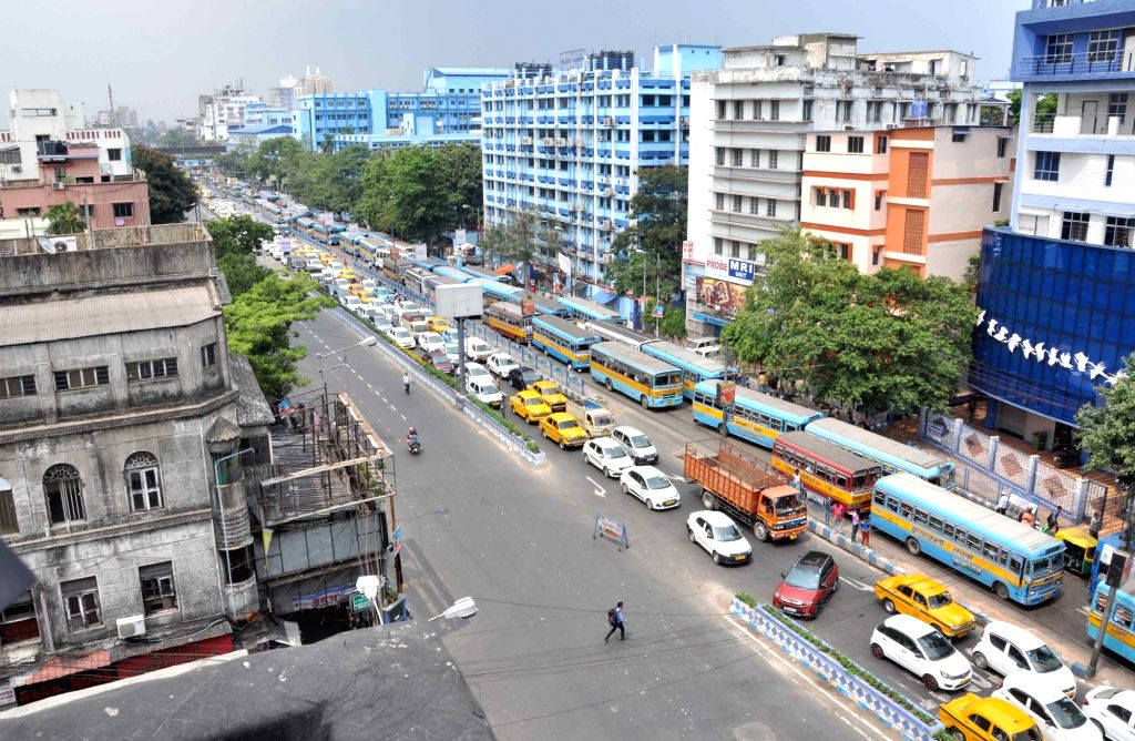 A massive traffic jam seen during a demonstration by Left front chairman Biman Bose, CPI-M state secretory Surja Kanta Mishra and Leftist trade union leaders and activists against fuel price ... - Biman Bose and Surja Kanta Mishra