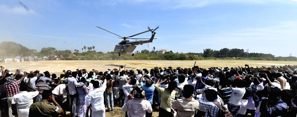 A military helicopter arrives at Rameswaram with the body of former president APJ Abdul Kalam on July 29, 2015.