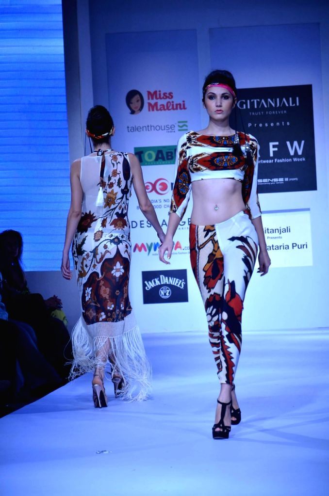 Designer Pria Kataria Puri S Show At Irfw 2013 Day 1
