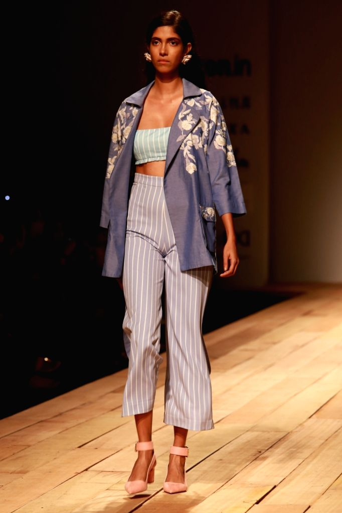 A model displays the creation of fashion designers Hemant and Nandita during the Amazon India Fashion Week Spring/Summer 2017 in New Delhi on Oct 15, 2016.