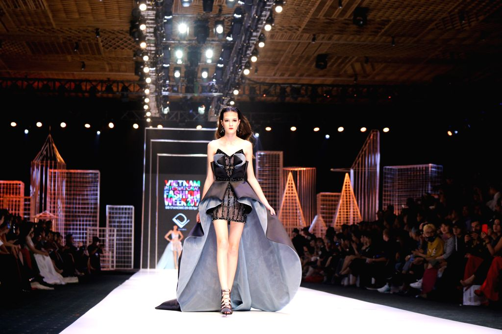 A model presents a creation of Vietnamese designer Do Long during the Vietnam International Fashion Week 2017 in Ho Chi Minh City, Vietnam, April 27, 2017.