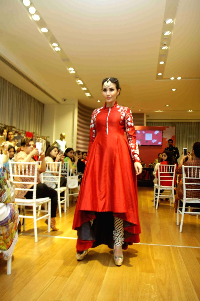 A model showcase designer Anju Modi`s collection at prelude to the Vogue Wedding Show 2015 at the AZA store in Mumbai, on June 24, 2015.