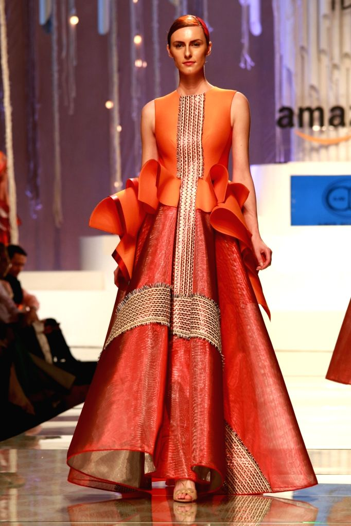 Amazon India Fashion Week 2016 Grand Finale Amit Aggarwal