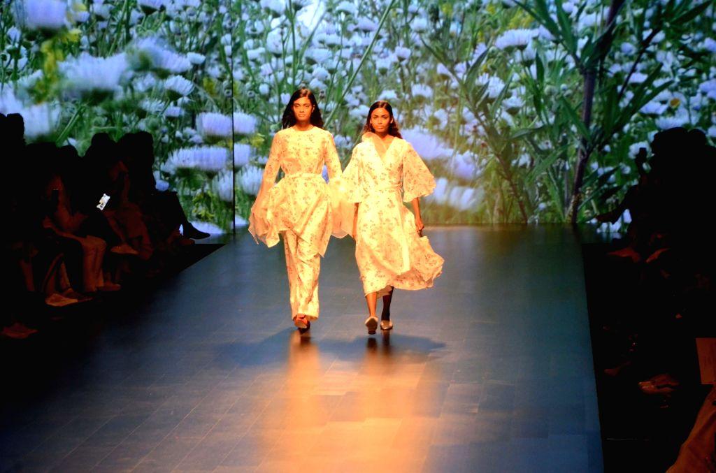 A model showcases fashion designer Kanika Jain's creation during Lakme Fashion Week (LFW) Summer/Resort 2019 in Mumbai, on Feb 2, 2019. - Kanika Jain