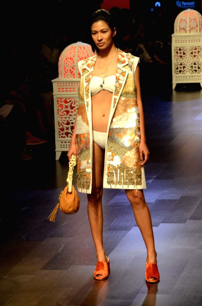 A model showcases fashion designer Sonal Verma's creation during Lakme Fashion Week (LFW) Summer/Resort 2019 in Mumbai, on Feb 2, 2019. - Sonal Verma