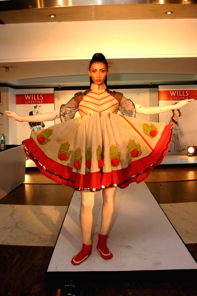"A Model showcasing Fashion Student's creative design at the finale of  "" The Debut"" By Wills Lifestyle,In New Delhi On Thursday."