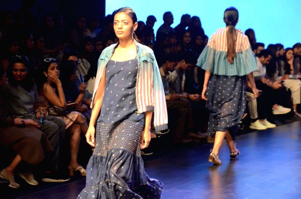 A model walks the ramp showcasing Tahweave's creation on Day 3 of the Lakme Fashion Week Summer/Resort 2019 in Mumbai, on Feb 1, 2019.