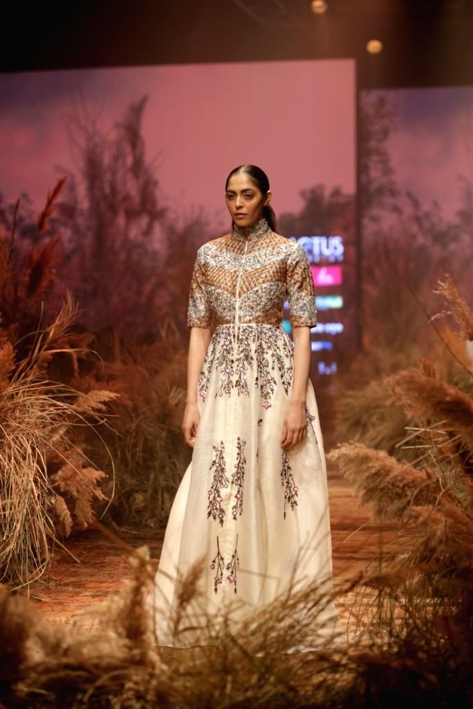 A model walks the ramp showcasing the creations of fashion designer Samant Chauhan on the second day of Lotus India Fashion Week in New Delhi, on March 14, 2019. - Samant Chauhan