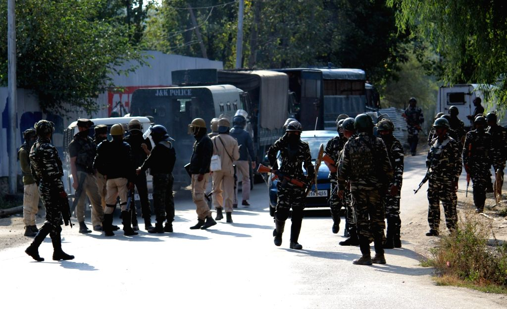 A number policemen were put under quarantine on Thursday after the son of a police officer tested positive in J&K's Kupwara district. (Photo: IANS)