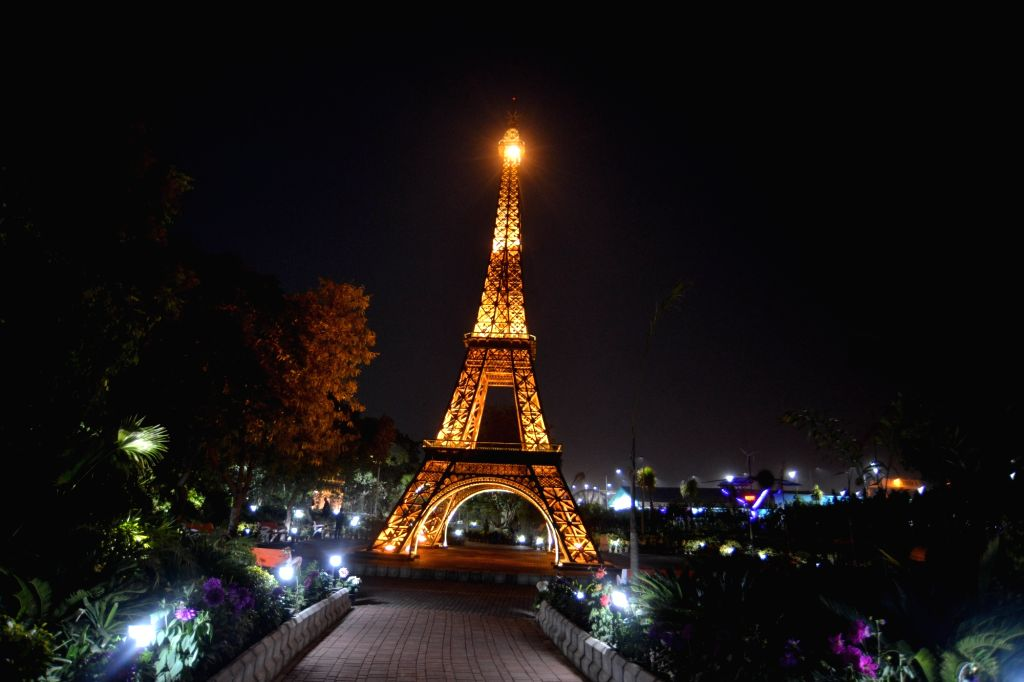 """A replica of the Eiffel Tower at the """"Waste to Wonder"""" Park in New Delhi on Feb 21, 2019."""
