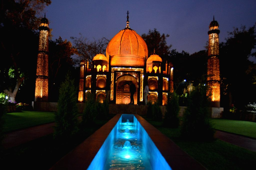 """A replica of the Taj Mahal at the """"Waste to Wonder"""" Park in New Delhi on Feb 21, 2019."""
