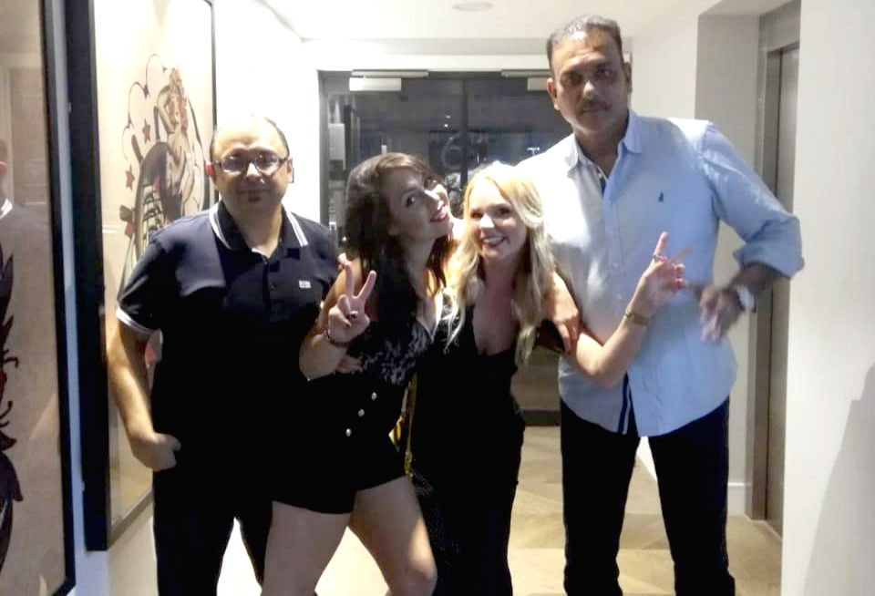 A self-proclaimed Pakistan cricket team fan, Australia's famous Twitter personality Dennis Freedman has trolled India chief coach Ravi Shastri on the eve of their opening World Cup game against South Africa by posting a picture of Shastri with two wo