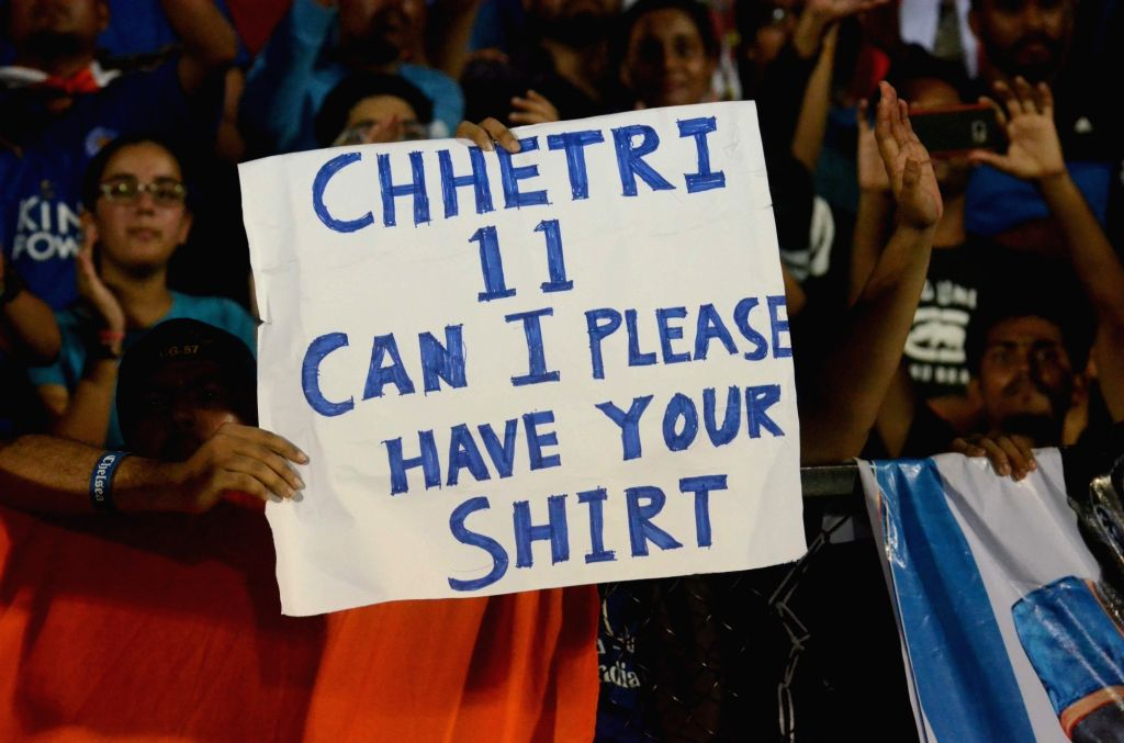 A Sunil Chhetri fan asks for his jersey after India won the Intercontinental Cup against Kenya at Andheri Sport Complex in Mumbai on June 10, 2018. Score: 2-0.