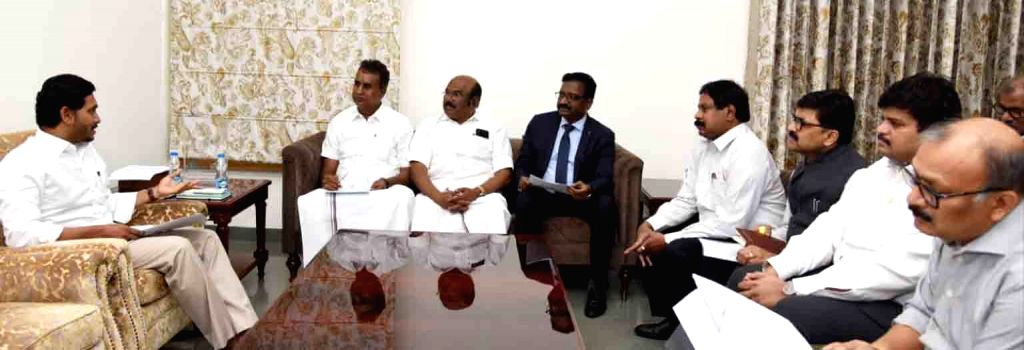 A team of Tamil Nadu Ministers meet Andhra Pradesh Chief Minister Y.S. Jagan Mohan Reddy, in Vijayawada on Aug 9, 2019. In the meeting, the ministers requested the CM to support the ... - Y.