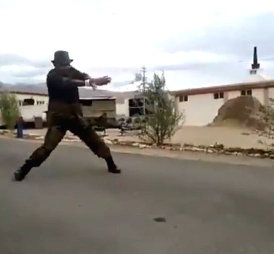 A video of an Indian Army soldier dancing to Uri song Challa in Kargil is doing the rounds on the social media and grabbed the eyeballs of Netizens.The clip shows the Indian Army soldier displaying killer dance steps to the song Challa from Vicky Kau