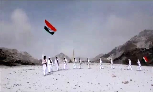 A video of Indo-Tibetan Border Police (ITBP) personnel is doing the rounds on the Internet with the national flag celebrating Republic Day at 17000 feet in snow today. The temperature in Ladakh at present is minus 20 degrees Celsius. In the 1 min 57