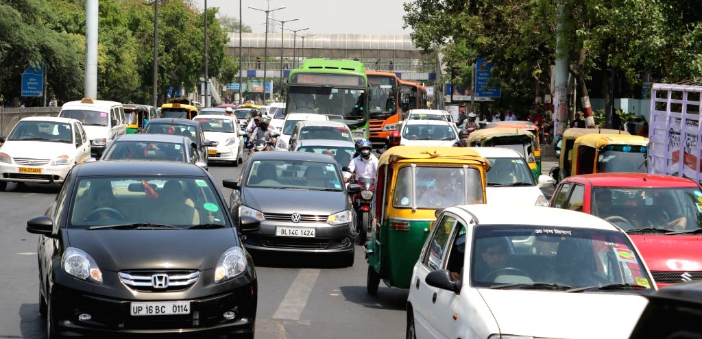 A view of Delhi traffic on the fourth day of implementation of odd-even traffic scheme aimed at battling pollution on April 18, 2016.