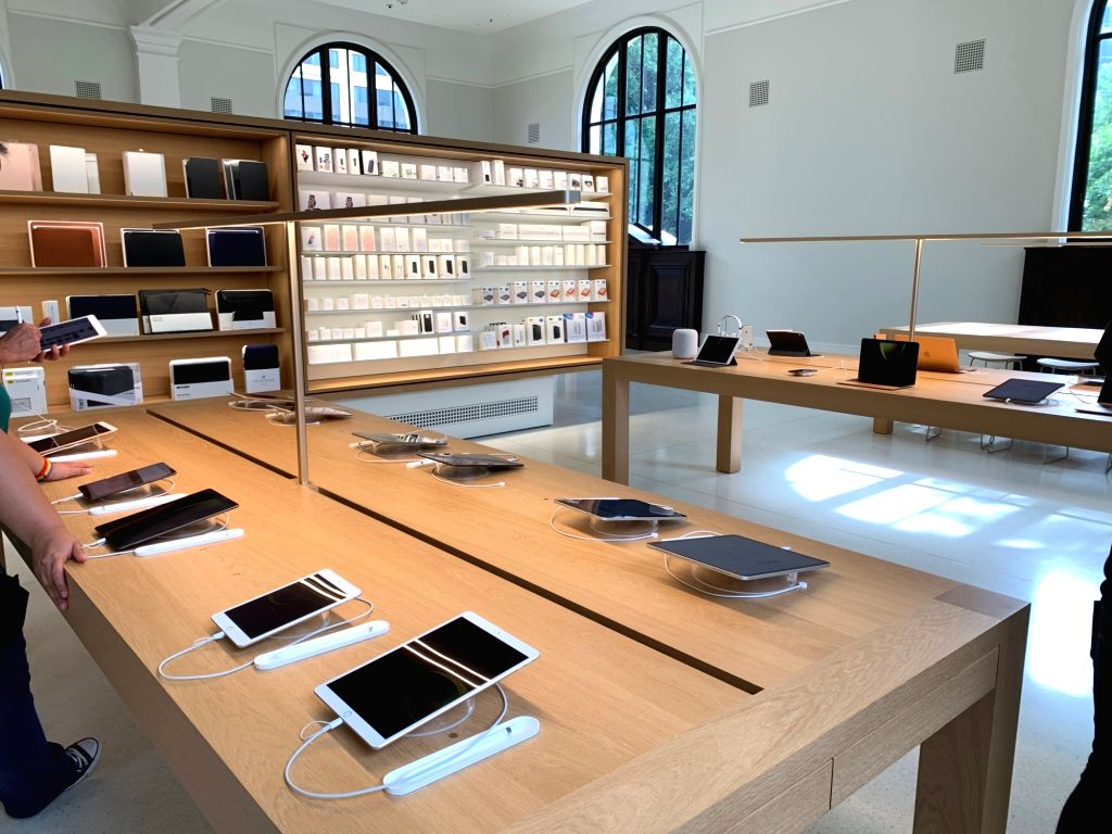 A view of the Apple Carnegie Library store in Washington DC, USA. Apple spent *neatly* $30 million to restore and revitalise historic Carnegie Library, a 1903 Beaux-Arts building at Mount Vernon ...