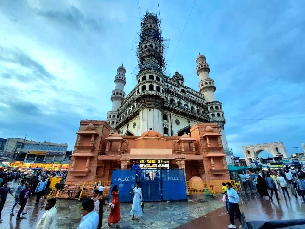 A view of the Bhagya Laxmi Temple at Charminar in Hyderabad on Oct 25, 2019.