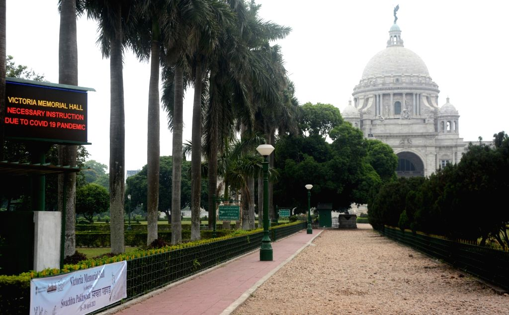 A view of the iconic building Victoria of Closed to Public till 15th May21, during the rising Covid-19 cases in the country, in Kolkata On Friday, 16th April,2021.