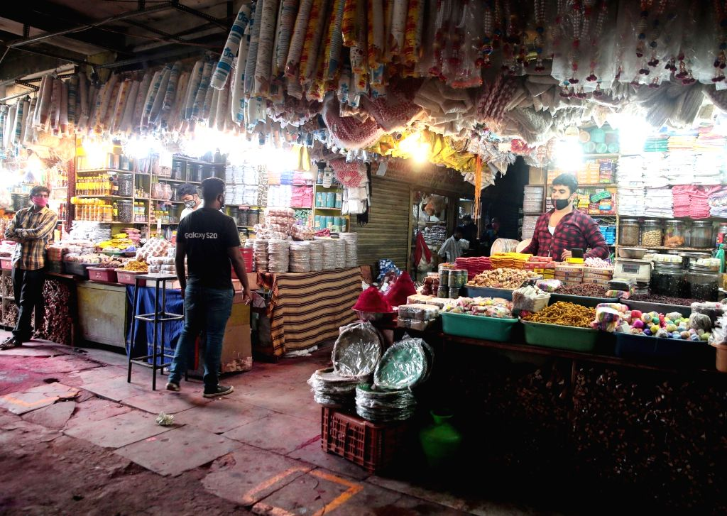 A view of the KR Market after the district authorities permitted the reopening of the wholesale market in Bengaluru on Sep 1, 2020.
