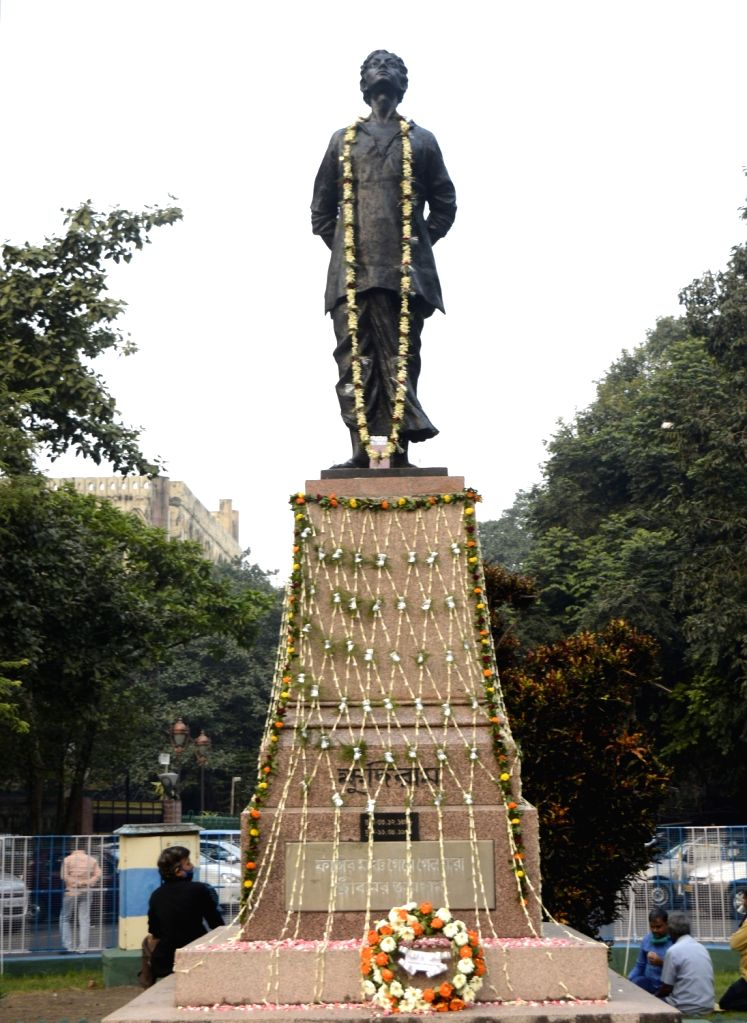 A view of the statue of Khudiram Bose seen decorated on the occasion of his birth anniversary, in Kolkata on Dec 3, 2020. - Khudiram Bose