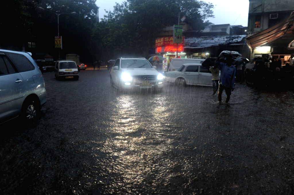 A view of waterlogged roads of Mumbai during rains on July 31, 2014.