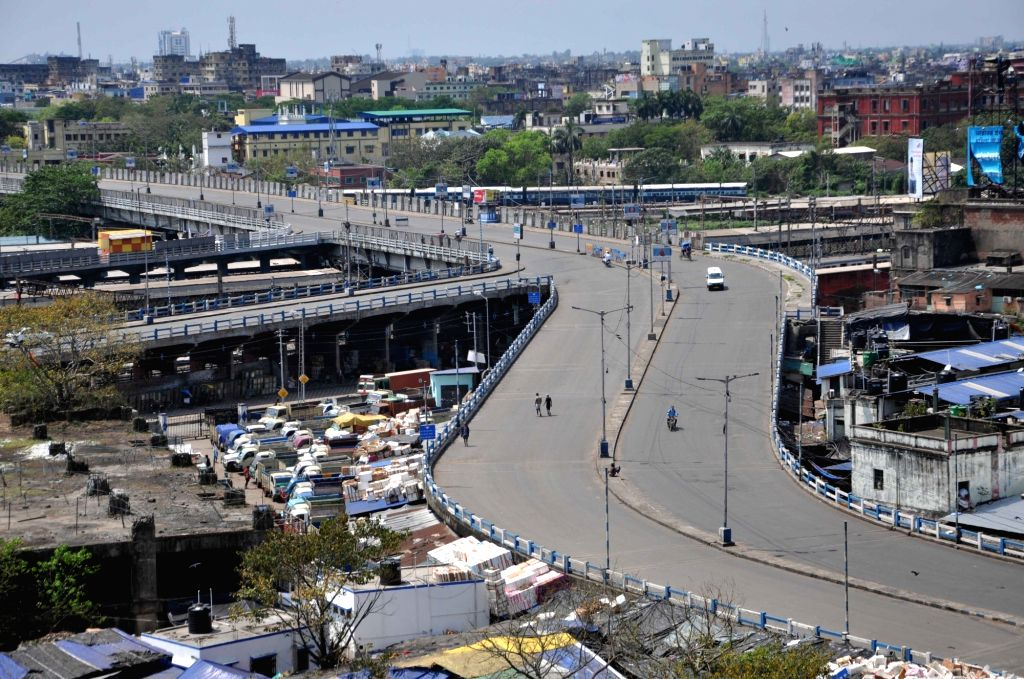 A youth allegedly died after a police baton charge for violating the ongoing lockdown to prevent the spread of COVID 19, with his family claiming that he had gone out to buy milk when the cops beat him up in West Bengal's Howrah district. (File Photo