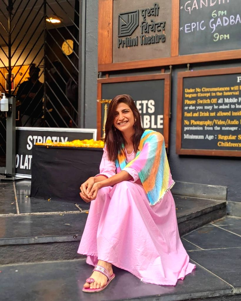 Aahana Kumra feels at home returning to Prithvi theatre after a year.