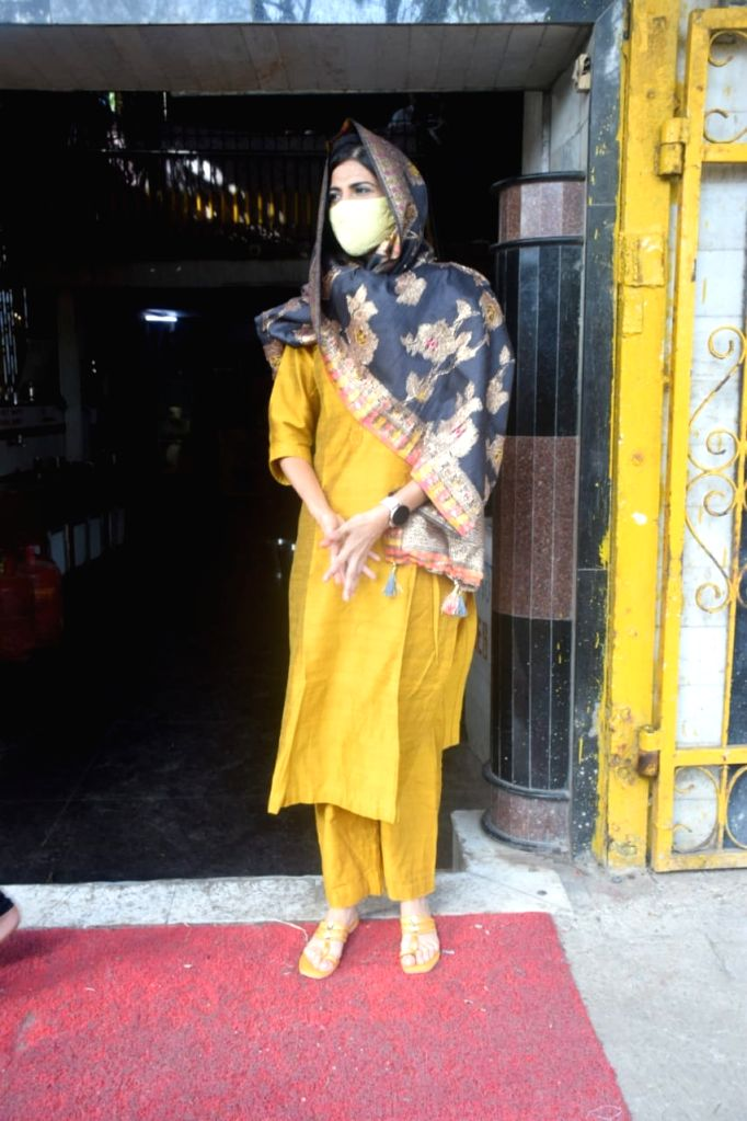 Aahana Kumra Spotted At Gurudwara Versova on 26 May,2021.