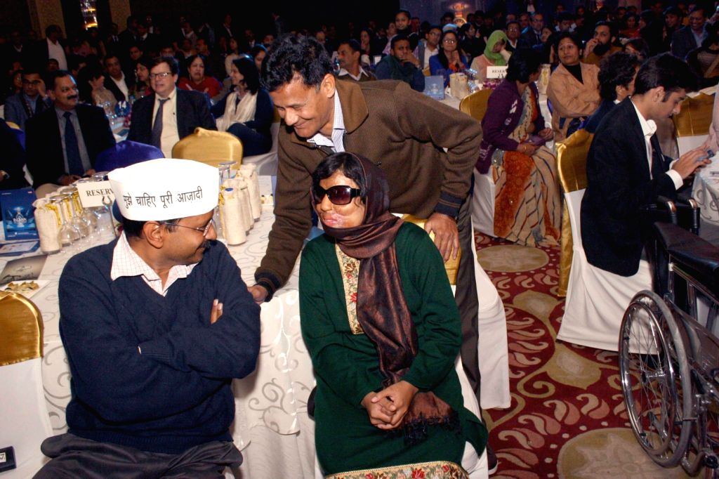 Aam Aadmi Party (AAP) leader Arvind Kejriwal during The CNN-IBN Indian of the Year awards function, in New delhi on December 20, 2013. - Arvind Kejriwal