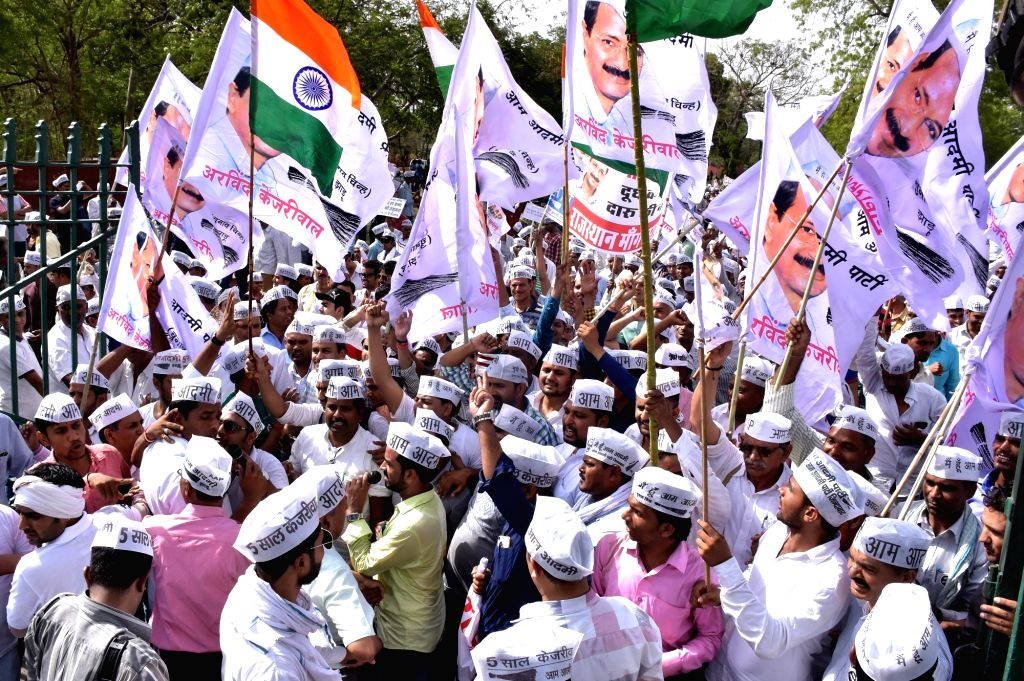 Aam Aadmi Party workers stage a demonstration to press for liquor ban in Rajasthan in Jaipur, on May 29, 2016.