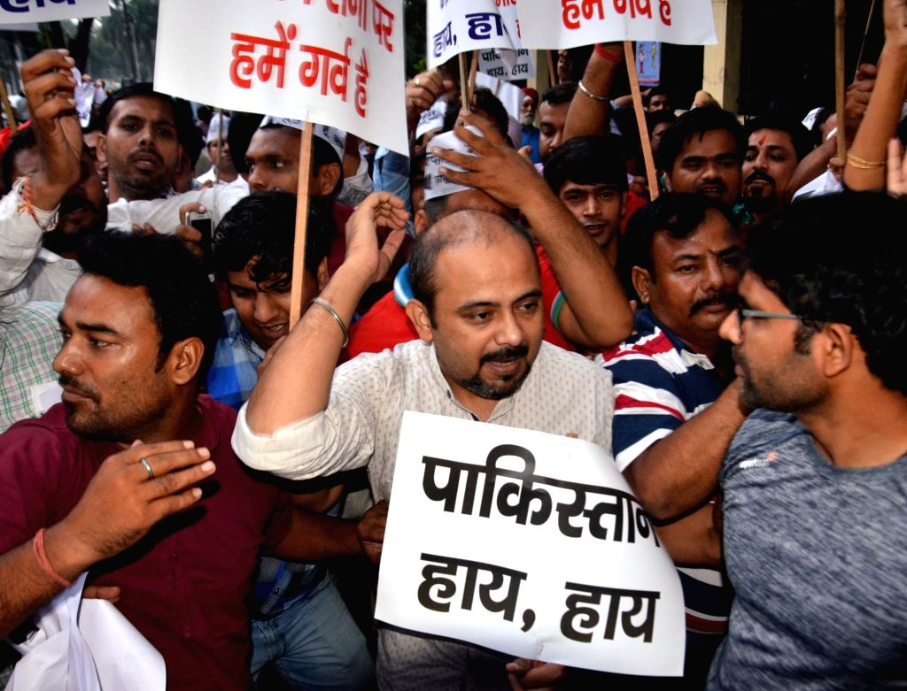 AAP workers stage a demonstration outside Pakistan High Commission in New Delhi, on Oct 4, 2016.