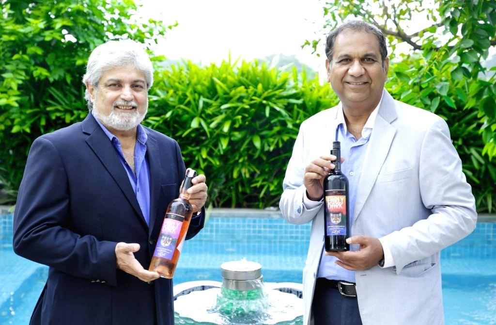 Abhay Kewadkar with his partner Rishad Minochar.