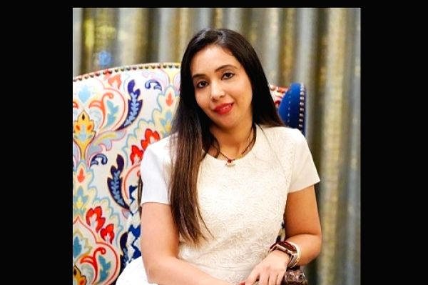 Abhishek Banerjee's wife Rujira - Abhishek Banerjee