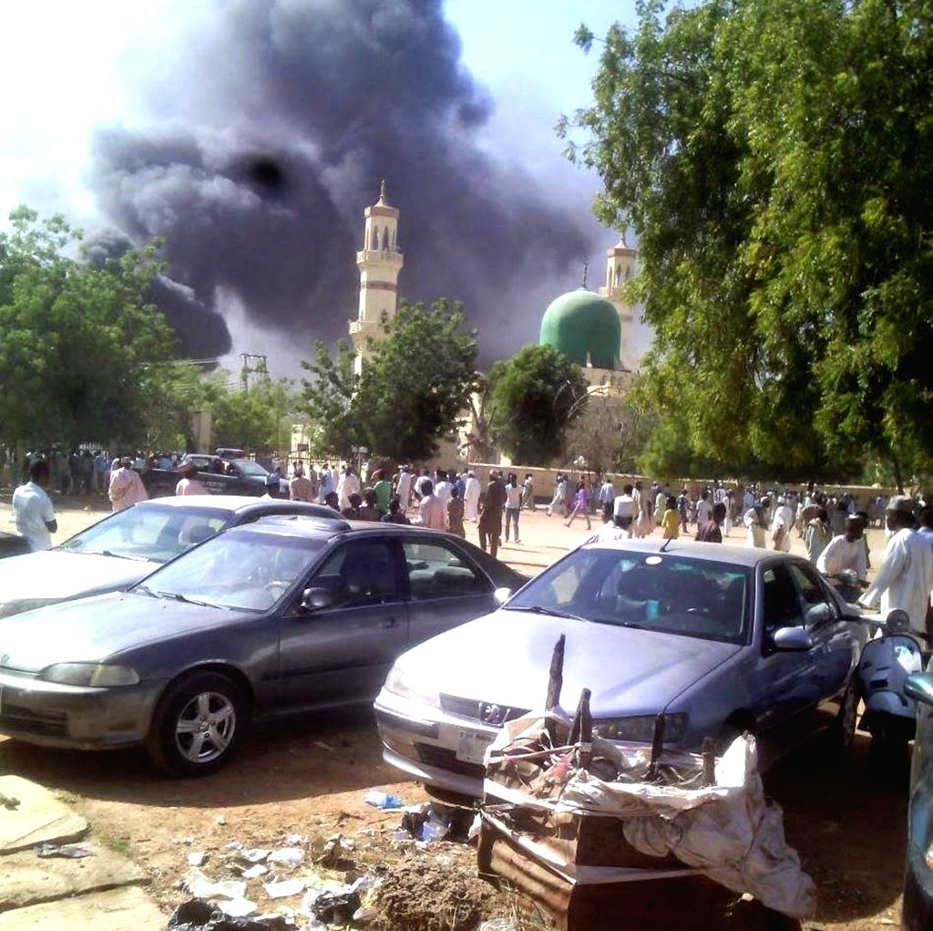 Abuja (Nigeria): Photo taken on Nov. 28, 2014 shows the explosion site of a mosque in Kano, Nigeria. A bomb exploded as Muslim faithful gathered for prayers at the Central Mosque of northwestern ...