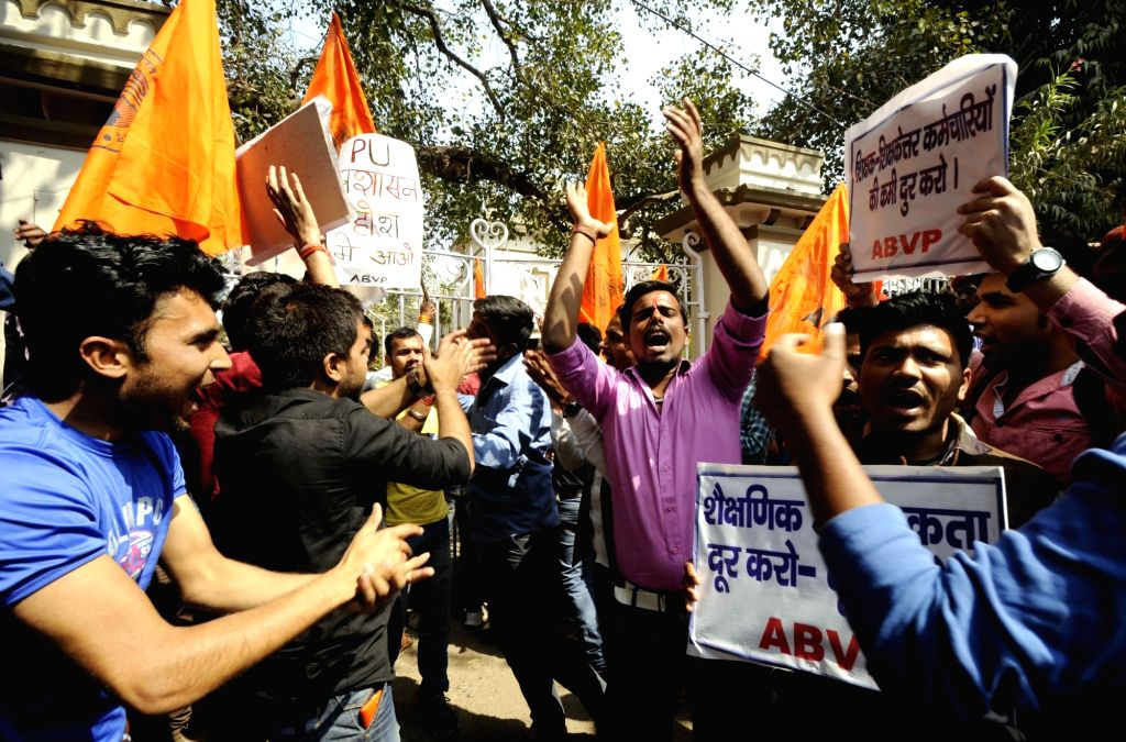 ABVP activists stage a demonstration against Patna University senate meeting in Patna on March 4, 2017.