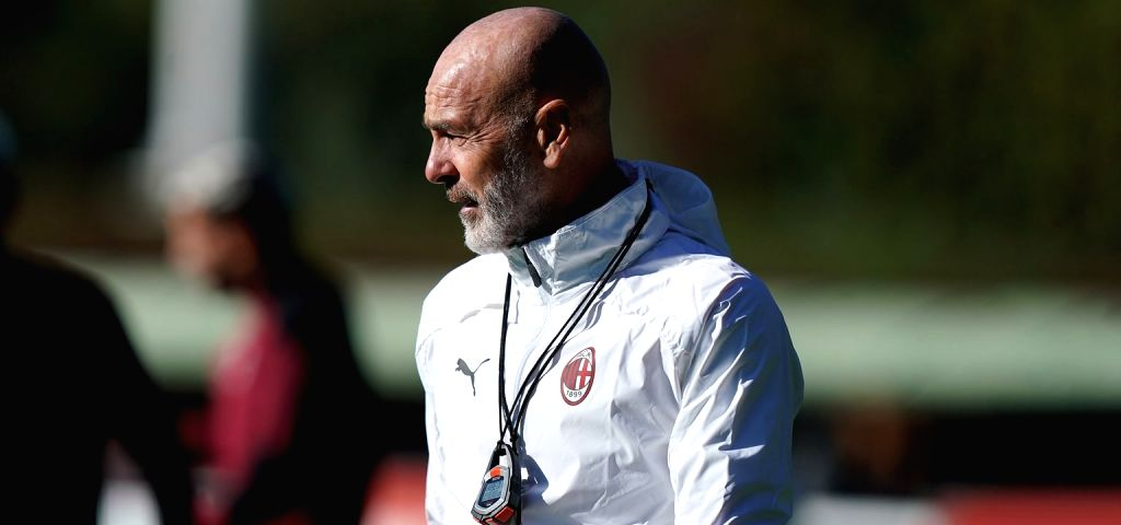 AC Milan head coach Stefano Pioli tests positive for Covid-19