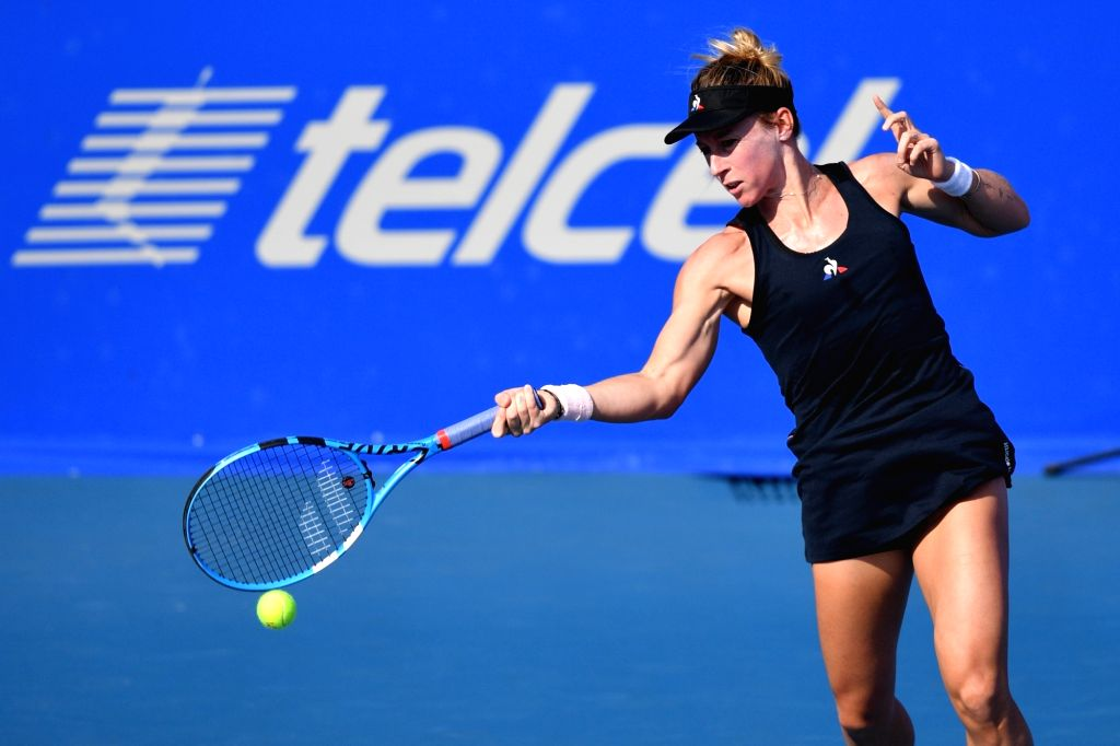 ACAPULCO, Feb. 27, 2019 - Pauline Parmentier of France hits a return during the women's singles first round match between Sloane Stephens of the United States and Pauline Parmentier of France at the ...
