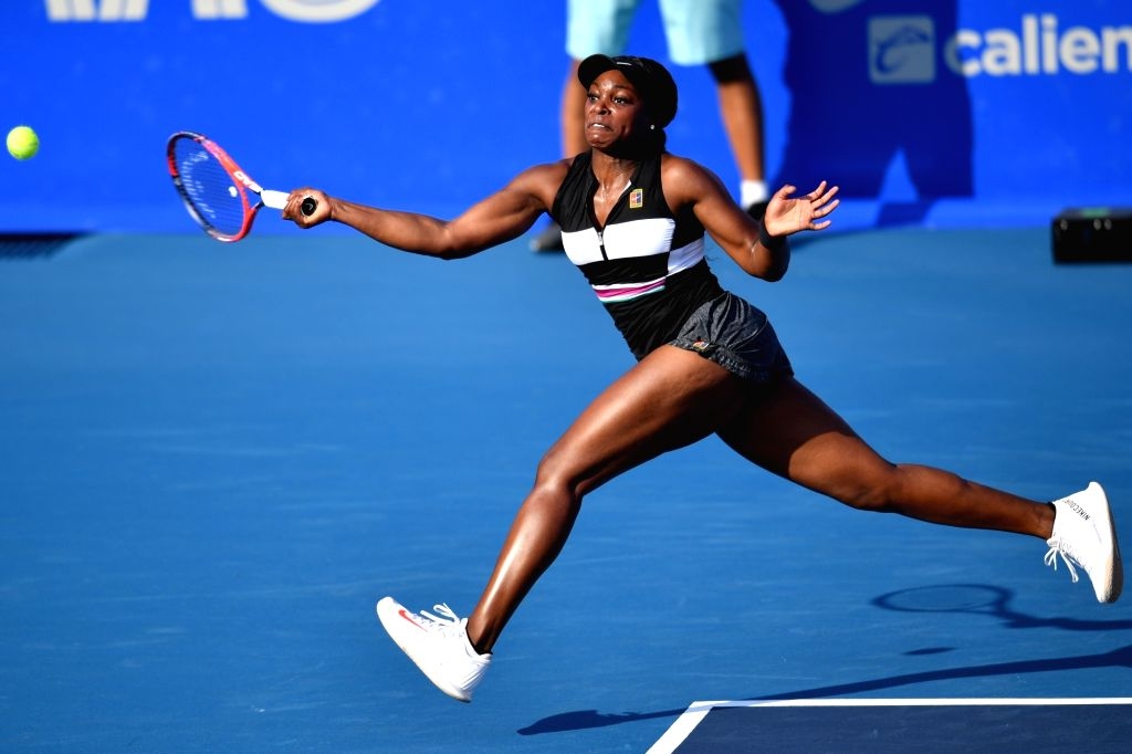 ACAPULCO, Feb. 27, 2019 - Sloane Stephens of the United States hits a return during the women's singles first round match between Sloane Stephens of the United States and Pauline Parmentier of France ...