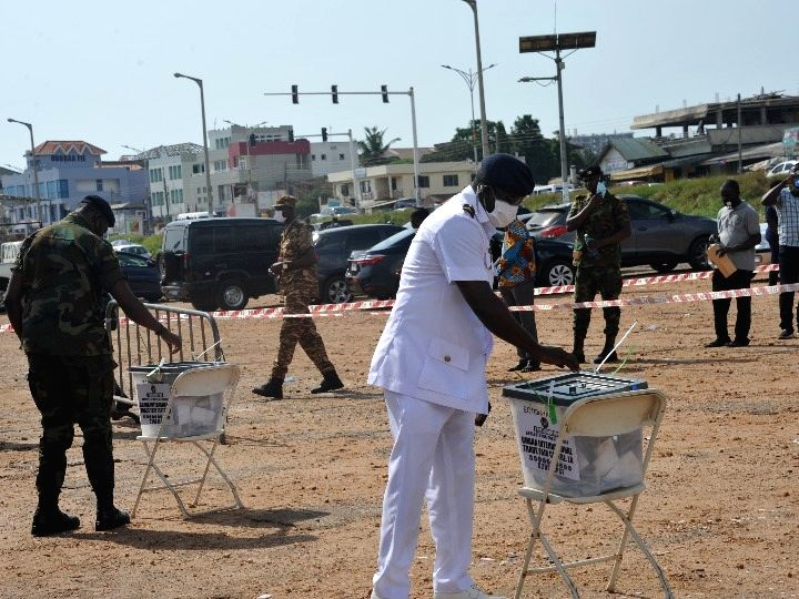 Accra, Dec. 1  Voters cast their ballots during a special voting in Accra, capital of Ghana, on Dec. 1, 2020.