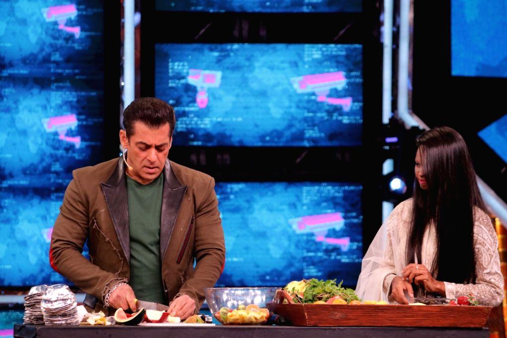 "Acid attack survivor and ""Chhapaak"" hero Laxmi Agarwal with Bigg Boss 13 host Salman Khan on the sets of the show. - Salman Khan"