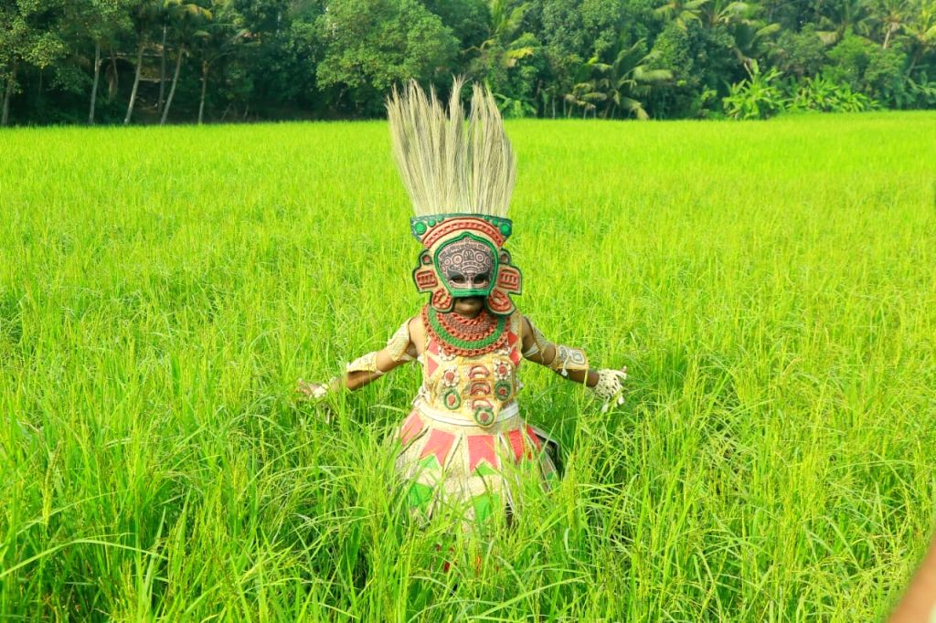 Activist uses organic theatre to promote natural  farming in Kerala