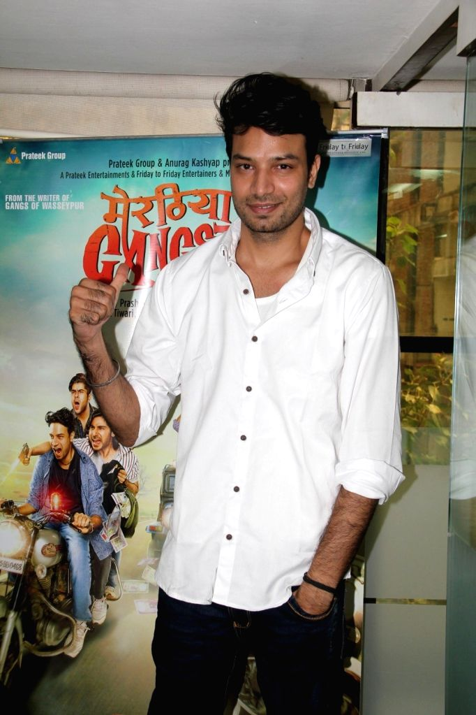 Actor Aakash Dahiya during a media interaction of film film Meeruthiya Gangster, in Mumbai, on Aug 17, 2015. - Aakash Dahiya